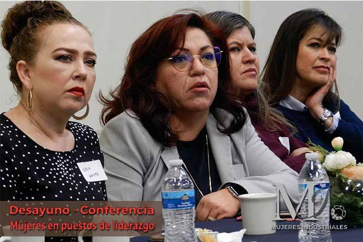 mujeres en puesto de liderazgo